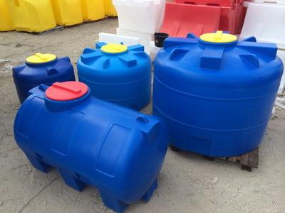 Пластиковые емкости для воды, баки для топлива, пластиковые емкости для пищевых и химических нужд