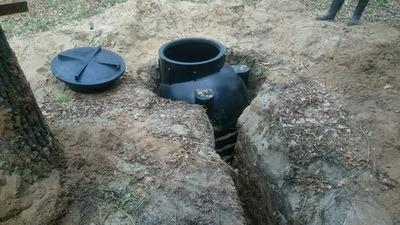 установка кессона, пластиковая емкость, бак для воды, бочка для дизельного топлива