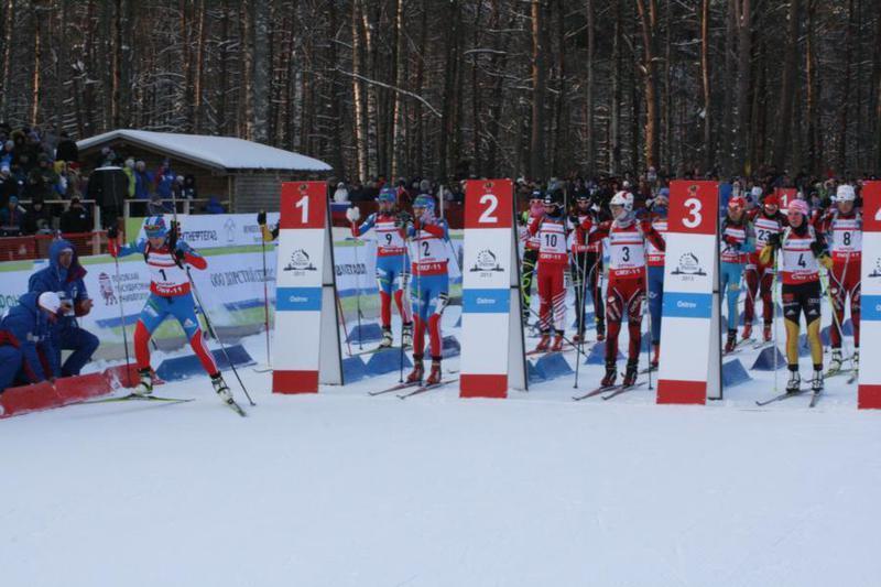 использование вибордов на чемпионате России по лыжным гонкам, фотография с сайта sportbox.ru, ограждение виборд, v-board для лыжных трасс