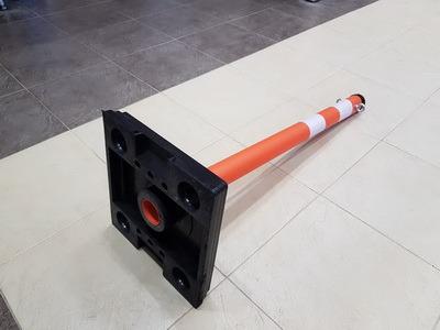 Столбик парковочный 1000x63 на резиновой подставке с креплением цепи