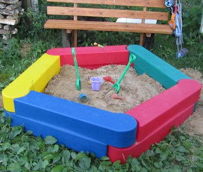 товары для детей, пластиковая песочница, качалка на пружине, карусель, детские игровые комплексы